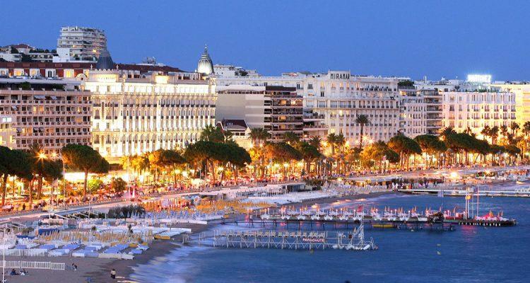 Met een prive jet naar Cannes